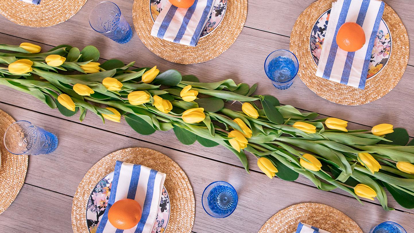 Tulip Table Runner