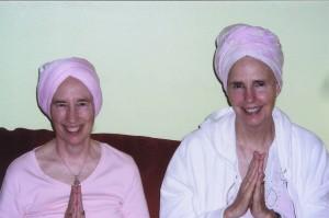 Kundalini yoga teachers and soul sisters, Guru Rattana and Guru Kirin.