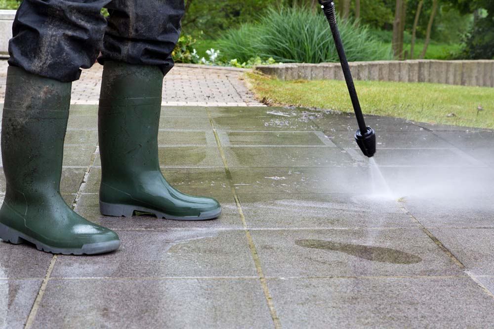 power washing Detroit Michigan