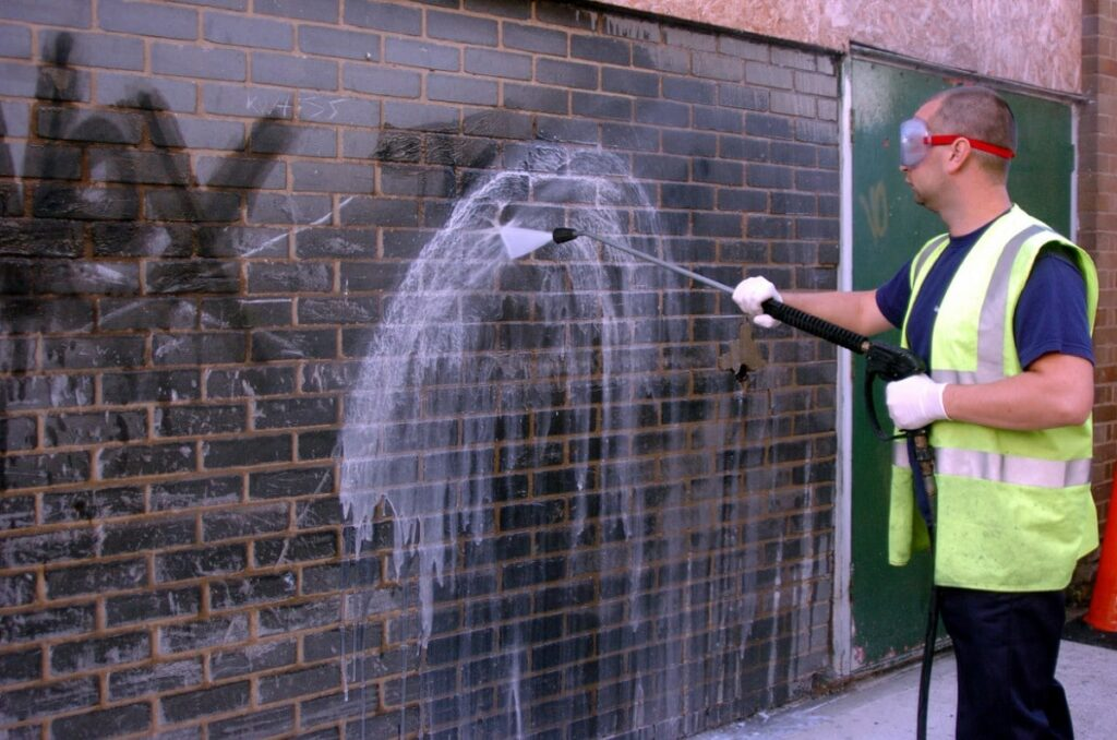 graffiti power washing services