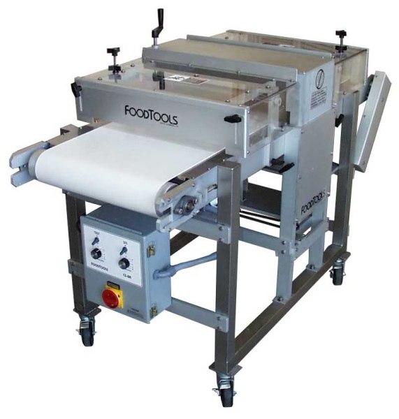 Horizontal Layer Cake Slicer - CS-8AW-1