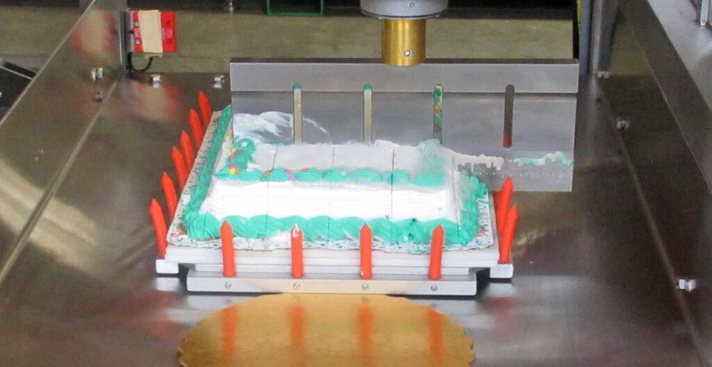 Ice Cream Cake Cutting Machine - Robotic Arm
