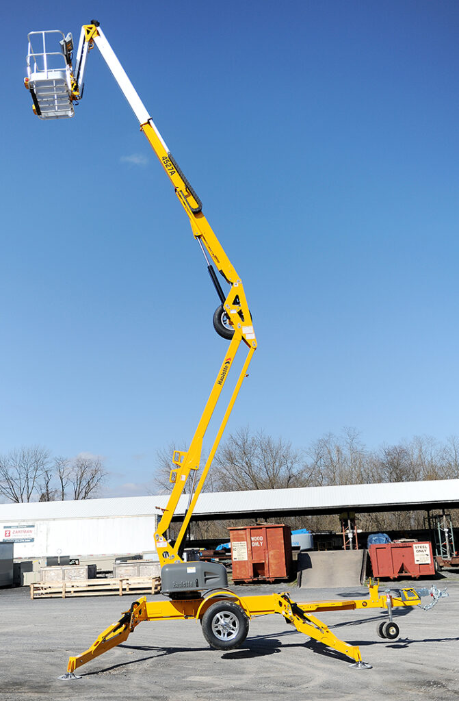 Haulotte 4527 Tow-behind man lift rental