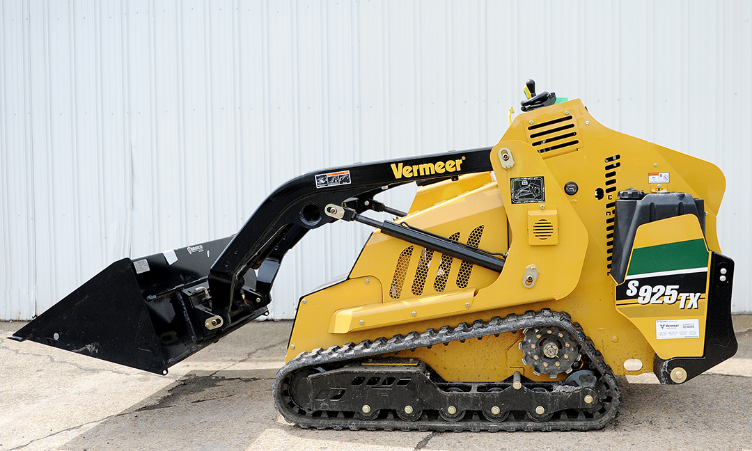 Vermeer Mini Skid Steer Rental with Bucket Attachment