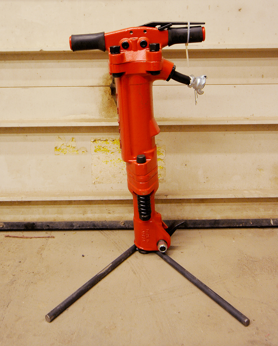 90lb Tamco Paving Breaker Rental