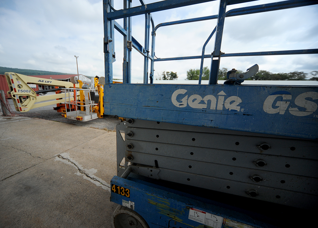 Lift Rental options include scissor, boom and tow behind man lifts