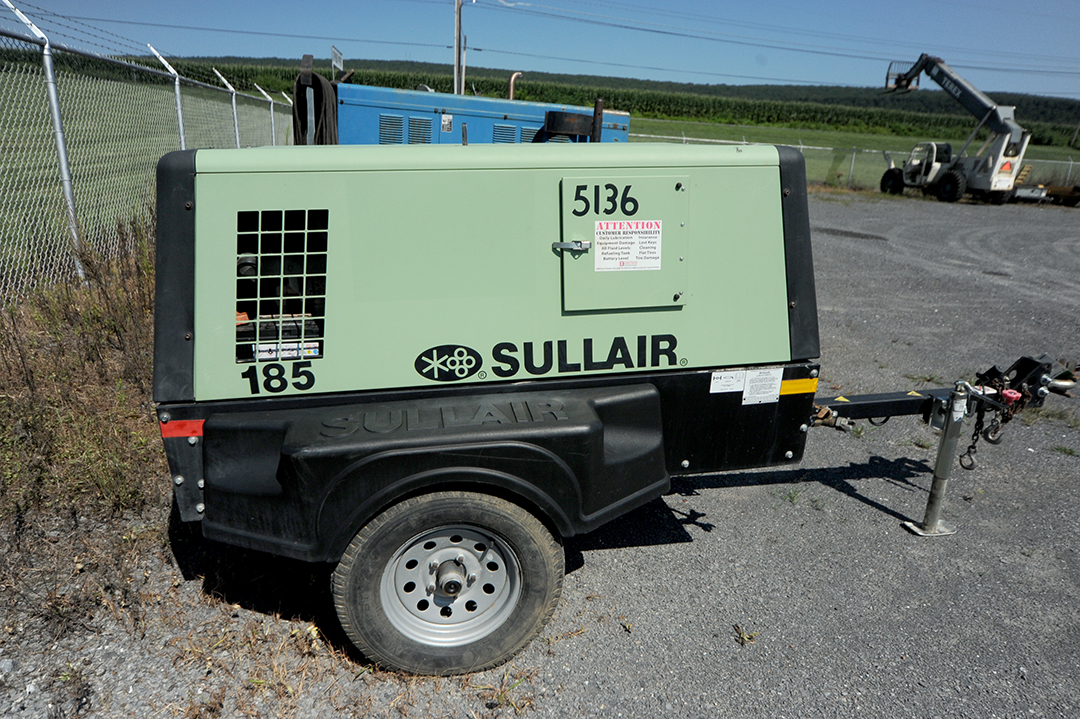 Sullair 185 towable air compressor rental