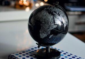 education-globe-indoors-1236421 (2)