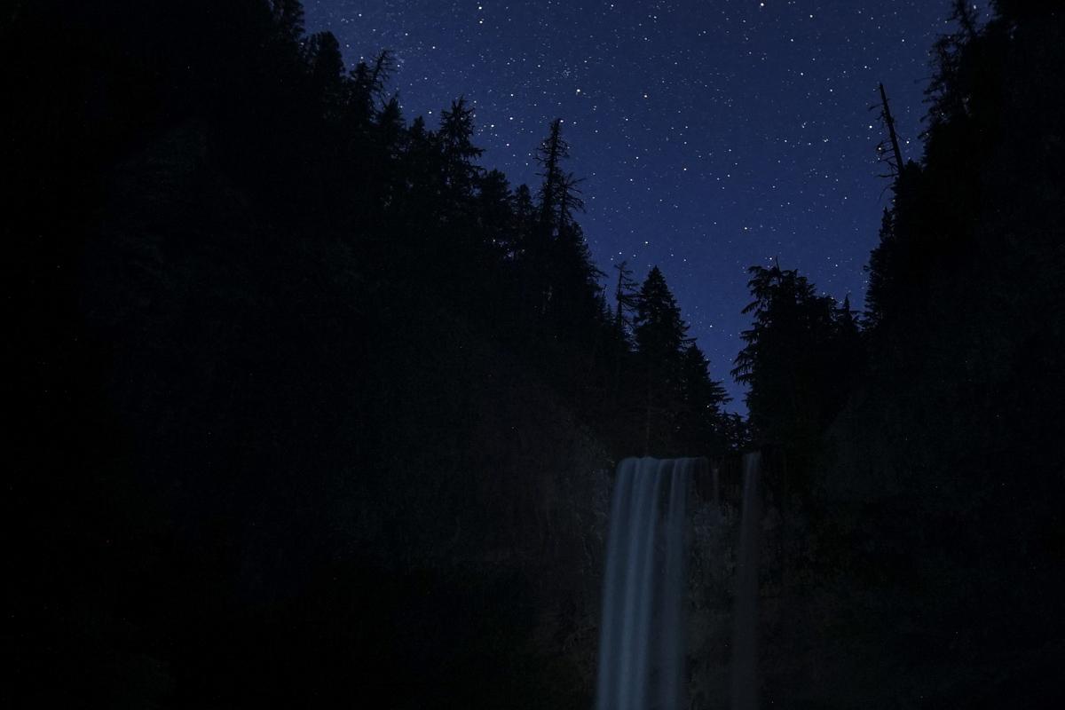 Tamanawas Falls Night Hike - Hiking in Oregon, Wanderlust