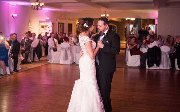 Couple Dancing at Testa's