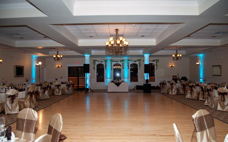 Empty Room Showing Off Uplighting
