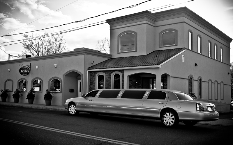 B&W of Limo in Front of Testa's