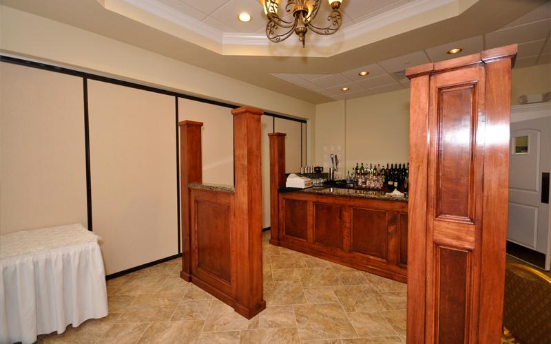 Photo of Full Bar at Testa's Banquet Facility