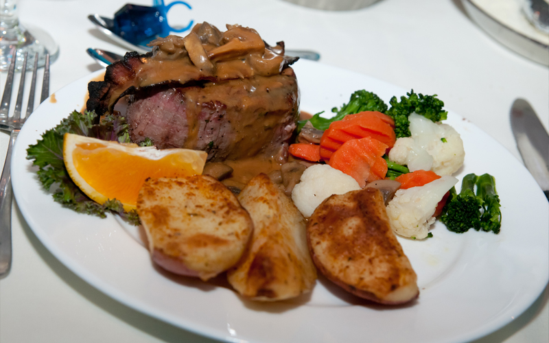 Filet Mignon with Potatoes and Vegetables