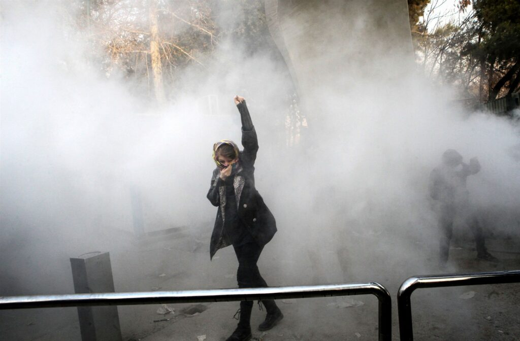 171231-iran-protests-843a_b522e46ead84fb6fa591203e822c2e46.fit-2000w