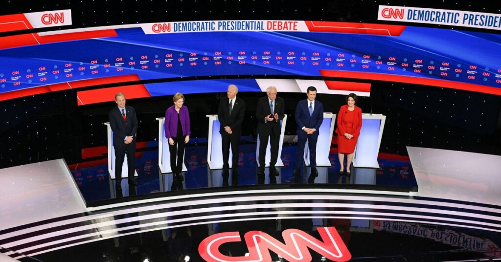 On Tuesday evening, Democrats vying for their party's presidential nomination took to the debate stage for the final time before the Iowa Caucuses. (Photo from Getty Images)