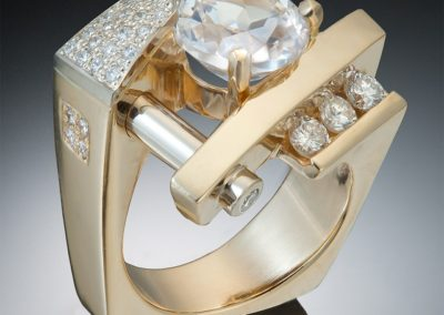 modern two-toned ring with diamonds