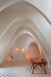 Classy vaulted style ceiling