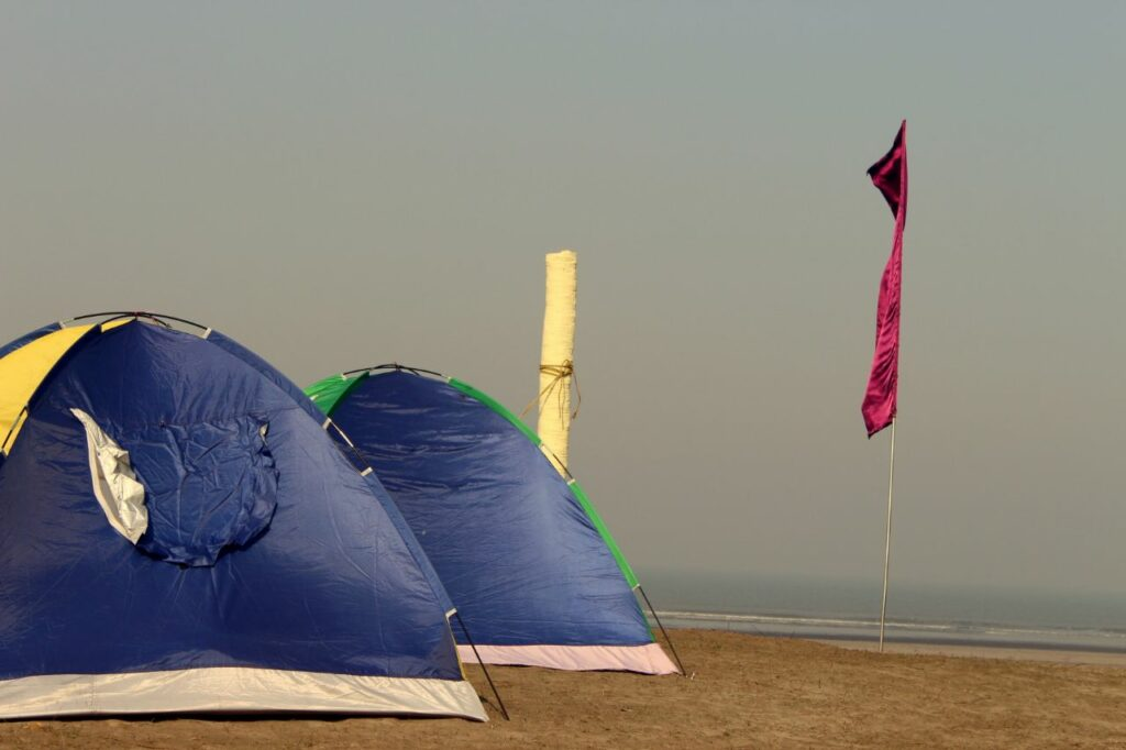 beach camping in alibaug