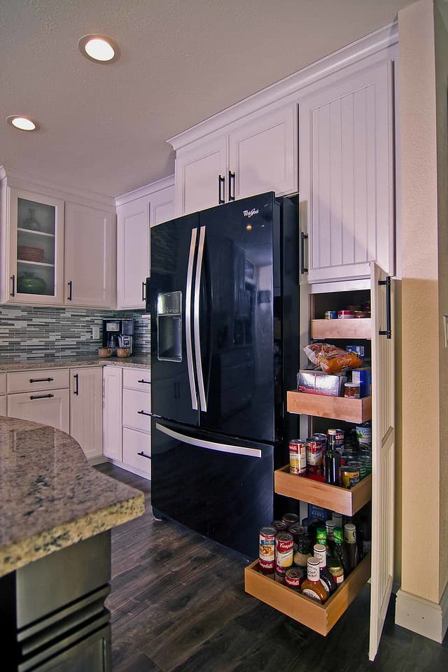 McCabinet kitchen pantry design with drawers