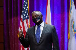 Jerry Demings calls for wearing face masks
