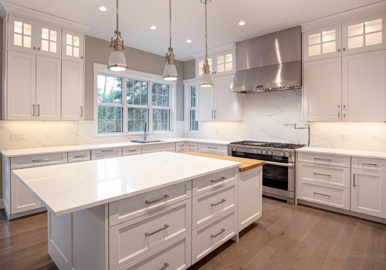 Custom Acreage Builder - Kitchen