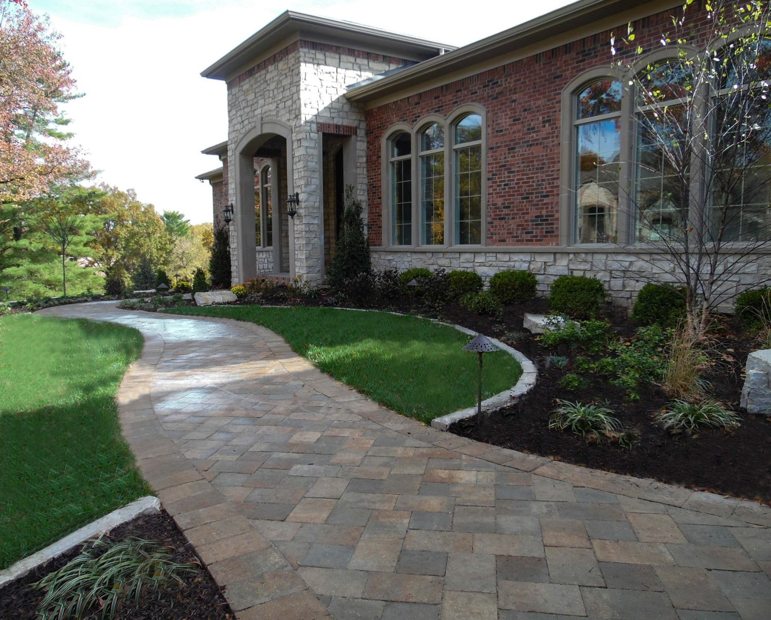 February 2016 – Featured Driveways And Walkways