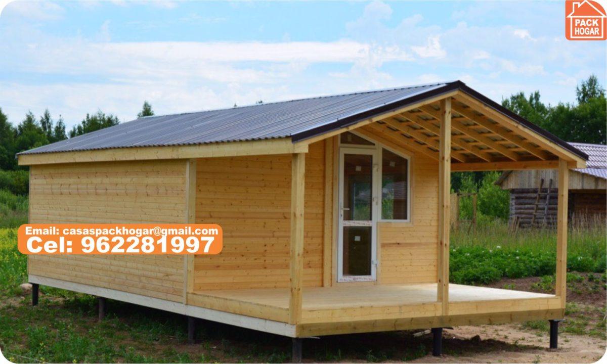 Preciosa casa prefabricada de madera  Rodeado de césped y árboles en – Peru