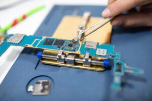 smartphone repair services