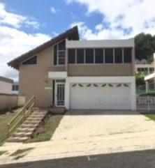 URB MANSIONES DE BAIROA PRONTO $100, en Caguas Puerto Rico Casa en Urbanizacion-Mansiones De Bairoa de 4 Cuartos y 2 1/2 Baños