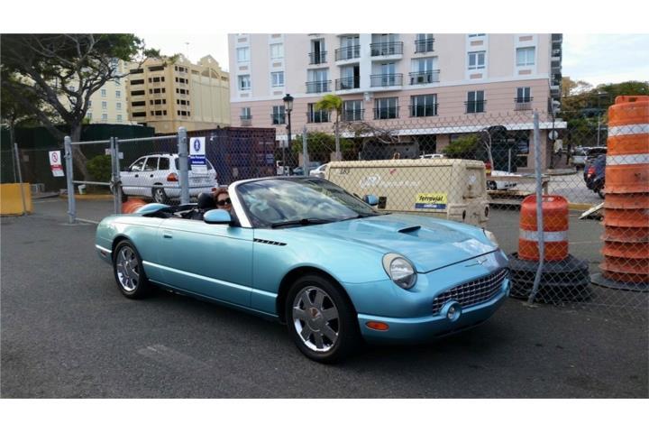 Ford – Thunderbird Año2002