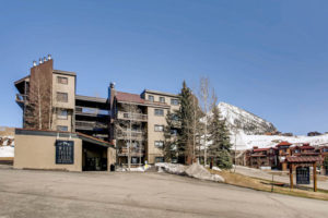 6_Woodcreek_-_Amenities_full
