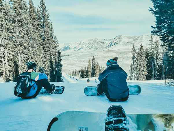 crested butte youth group ski trips