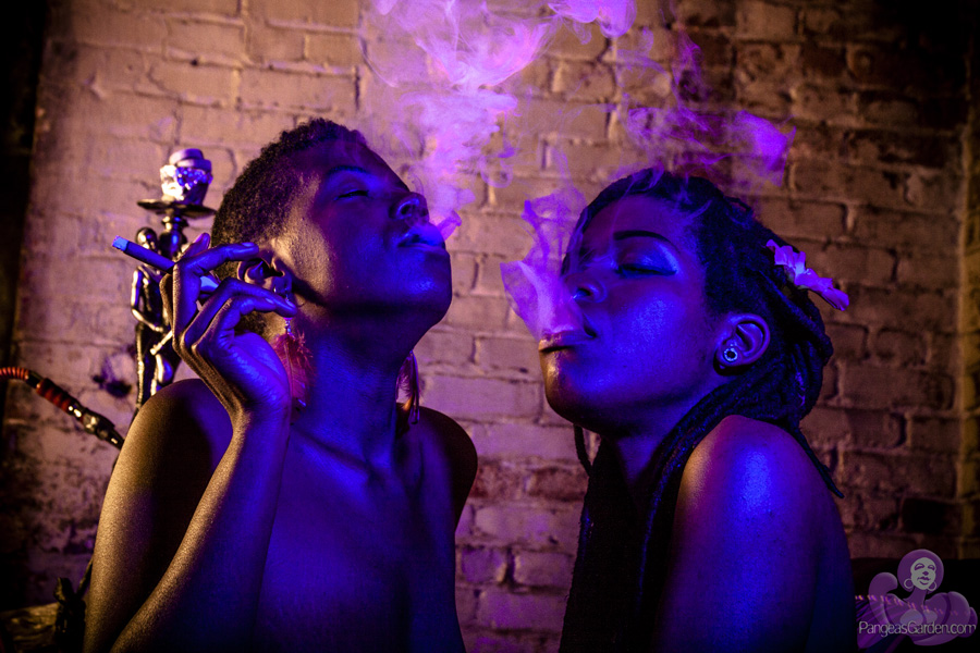 earthSistas… hookahs, spliffs, 420 and smoke