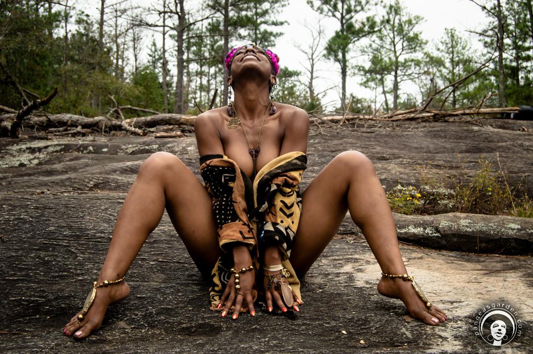 AsmaraMaat… a dancer's nature