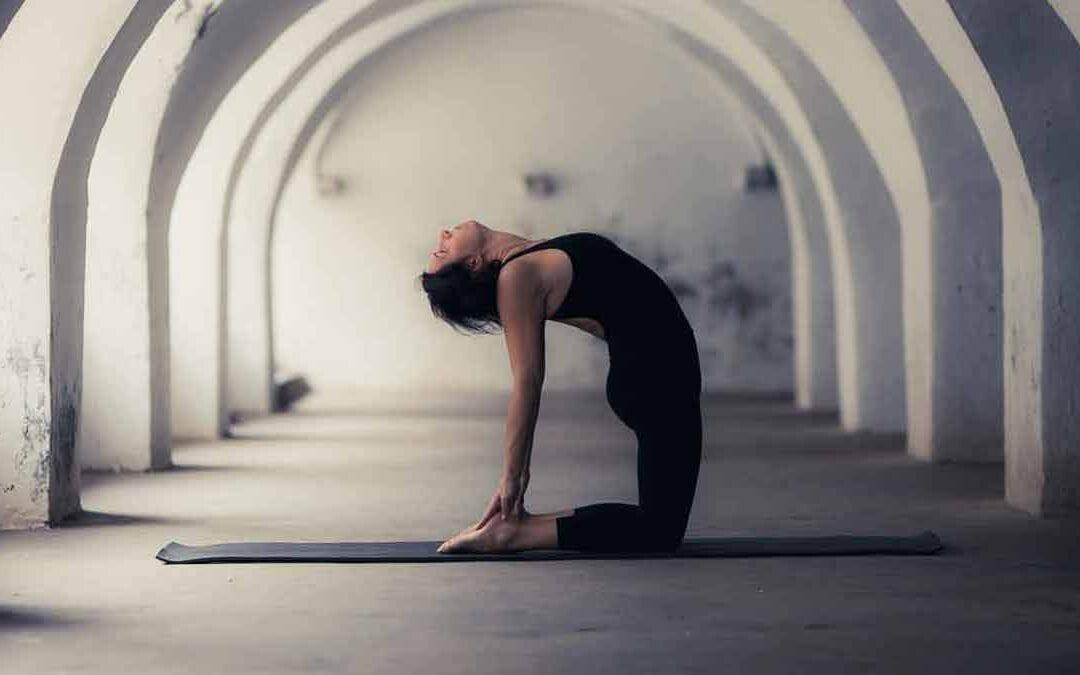 Tecnica o flow? Come affrontare la pratica nell'Ashtanga Yoga e nelle sequenze dinamiche.