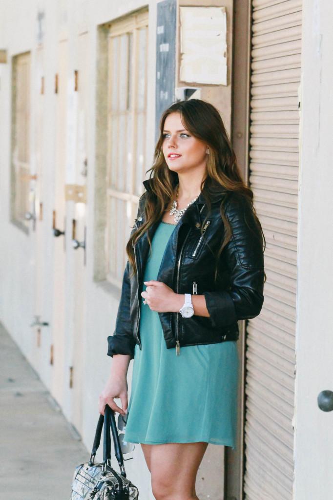 #OOTD // Feminine Layers & Tough-Girl Leather   BondGirlGlam.com