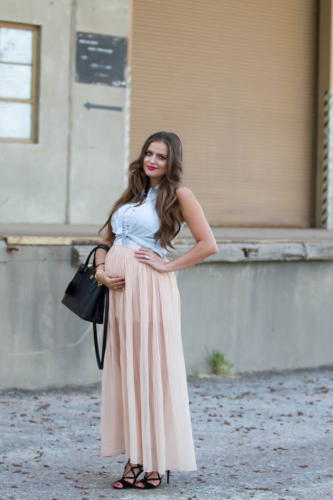 #BumpStyle // Chiffon Maxi Skirt & Tie-Front Chambray | BondGirlGlam.com