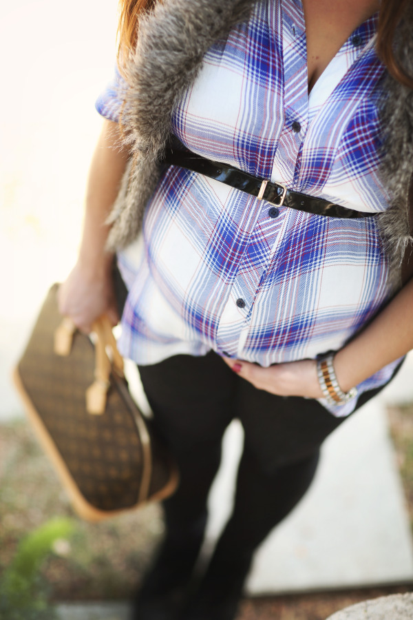 #BumpStyle // Blue Plaid Shirt & Black Distressed Skinny Jeans | BondGirlGlam.com