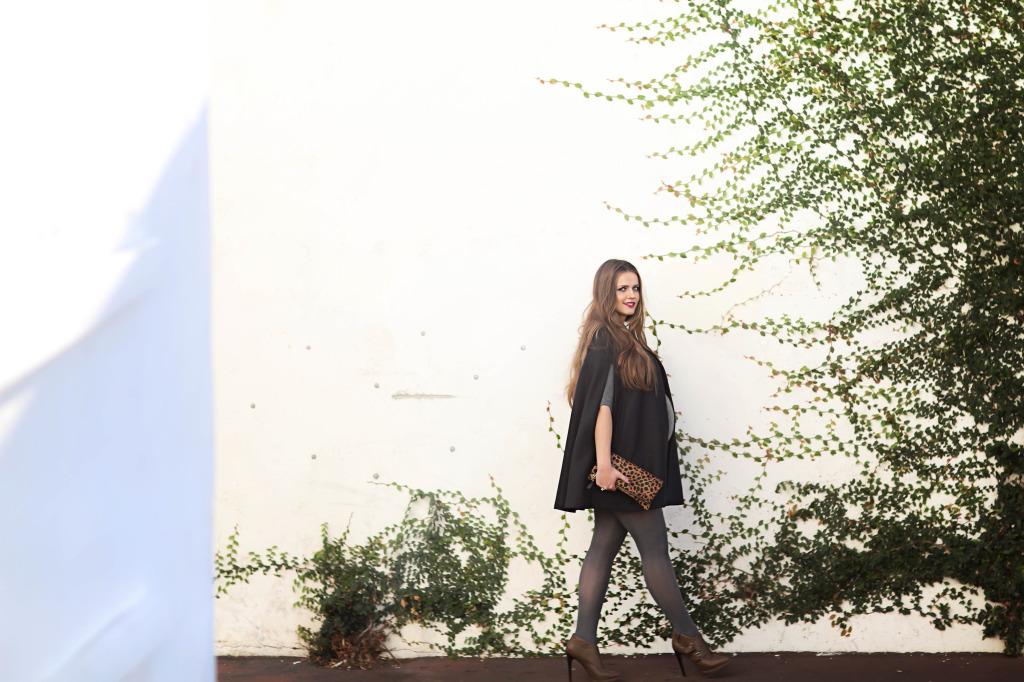 #BumpStyle // Black Cape & Grey Cashmere Dress | BondGirlGlam.com