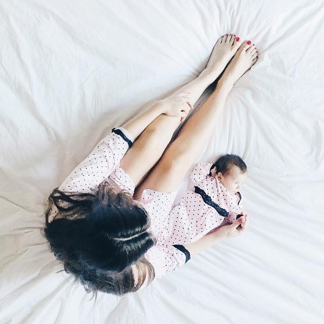 belabumbum_queen_of_hearts_robe_baby_set_mom_and_baby