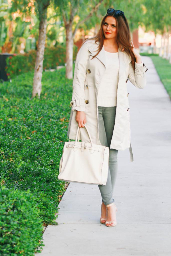 #OOTD // Trench Coat & Grey Skinny Jeans | BondGirlGlam.com