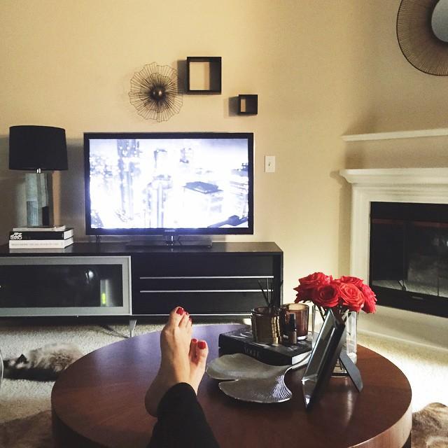 irinabond_living_room_home_decor_coffee_table