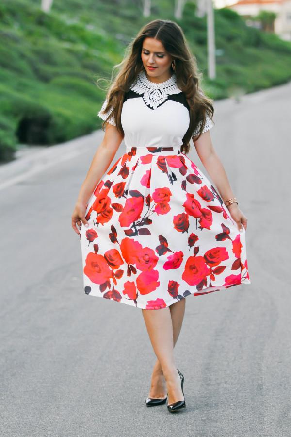#OOTD // Black & White Cutout Top & Rose Midi Skirt | BondGirlGlam.com