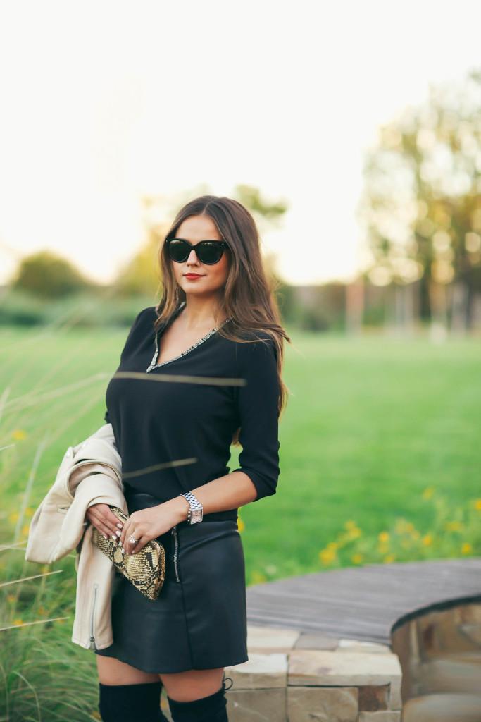 #OOTD // Cream Leather Jacket, Beaded V-Neck Top & Miniskirt | BondGirlGlam.com