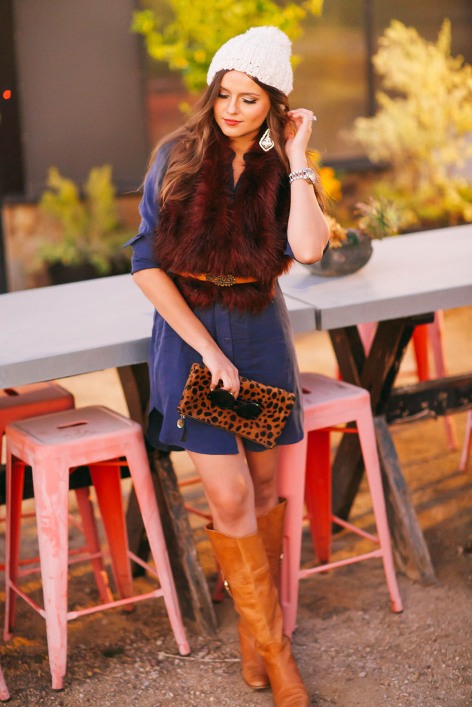 #OOTD // Burgundy Fur Stole & Blue Shirtdress | BondGirlGlam.com