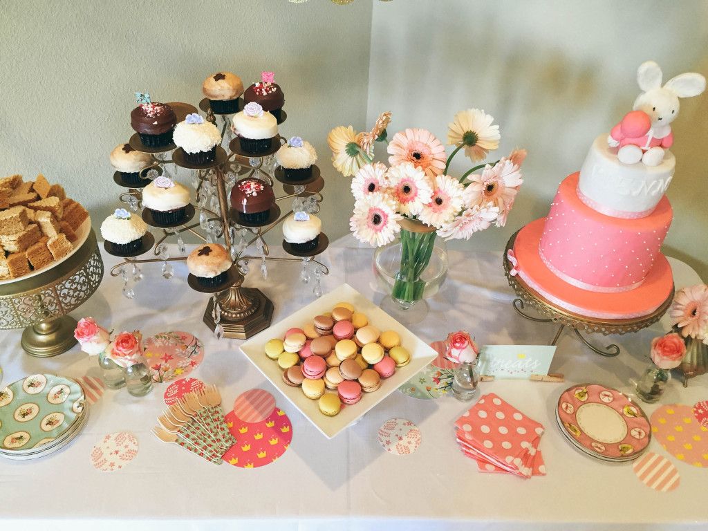 Vienna's First Birthday Party | BondGirlGlam.com