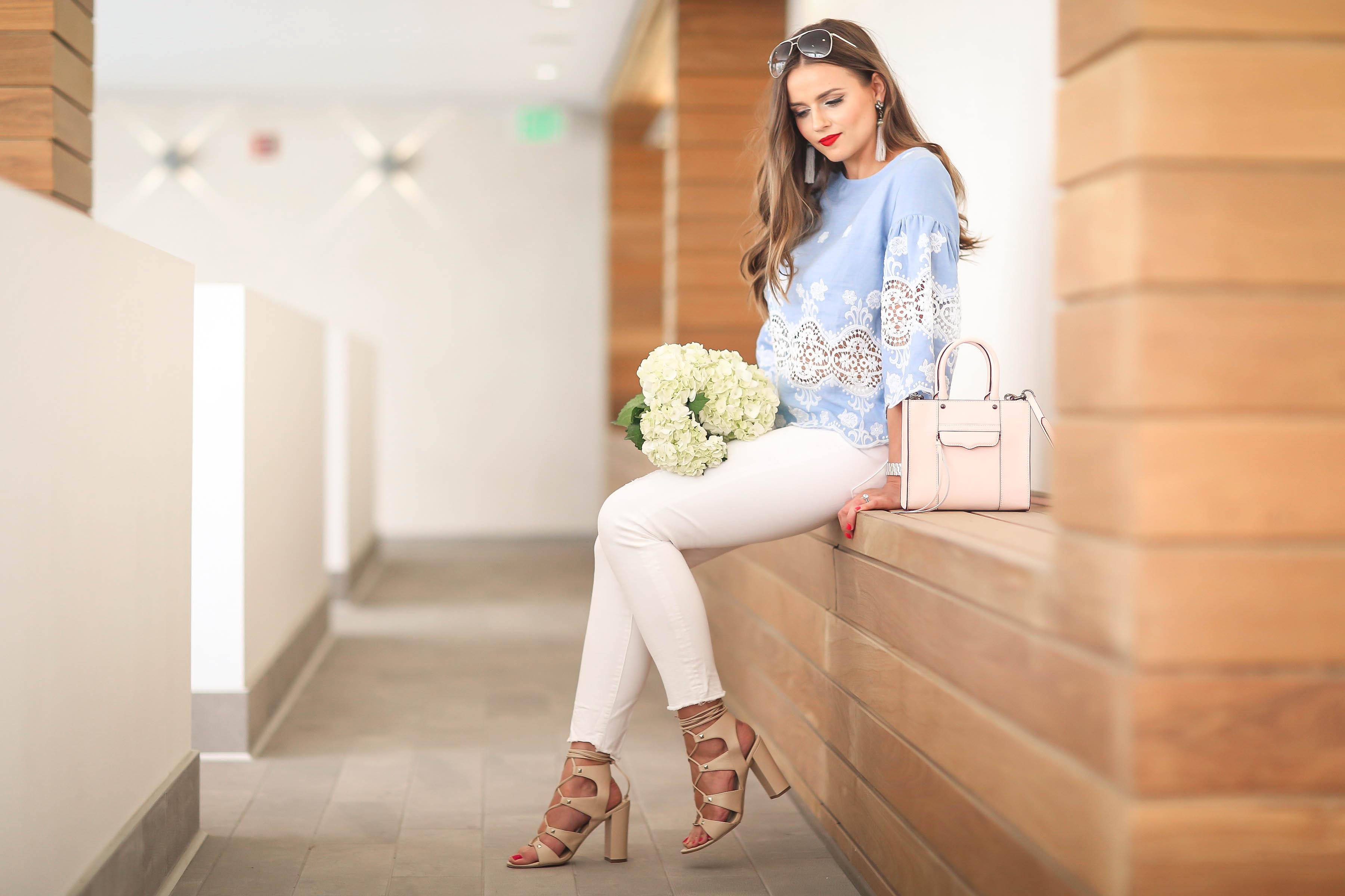 #OOTD // Blue Lace Top & White Frayed Jeans   BondGirlGlam.com