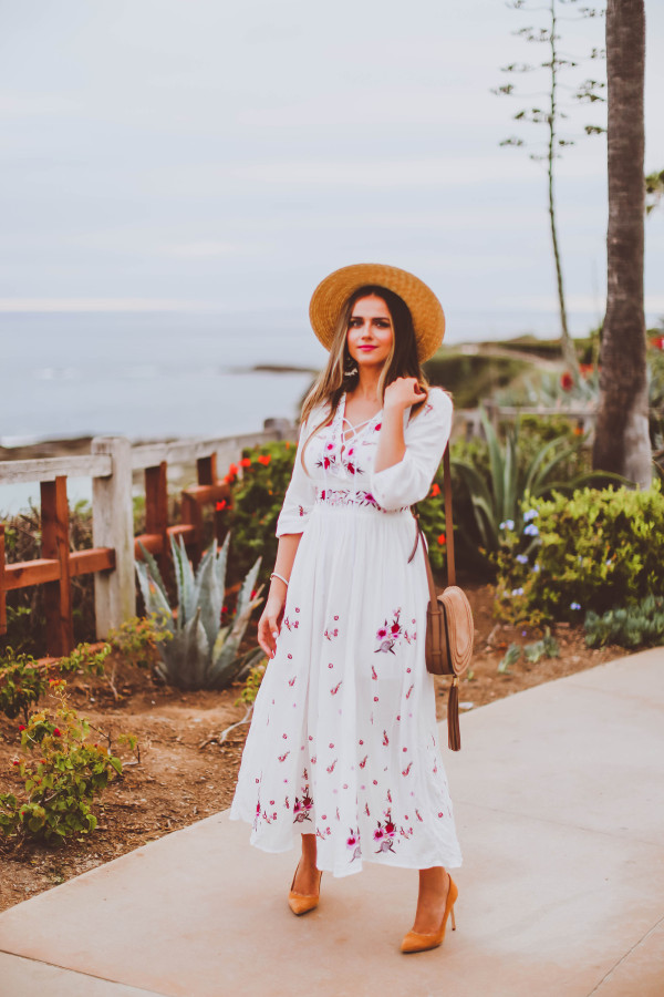 #OOTD // White Embroidered Lace Up Dress   BondGirlGlam.com