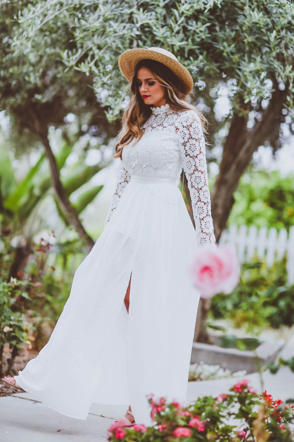#OOTD // Long-Sleeve Lace & Chiffon Maxi Dress   BondGirlGlam.com